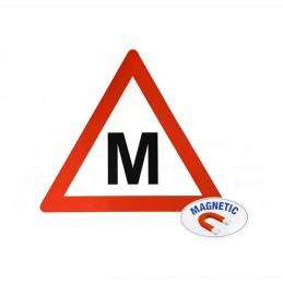Magnetinis lipdukas M raidė - Mokinys autopp.lt