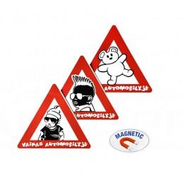Magnetinis lipdukas - Vaikas automobilyje autopp.lt